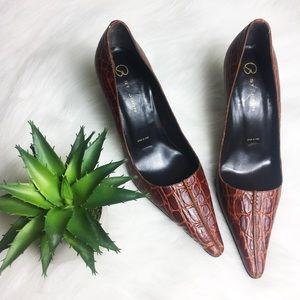 St. John Crocodile Pointed Heels